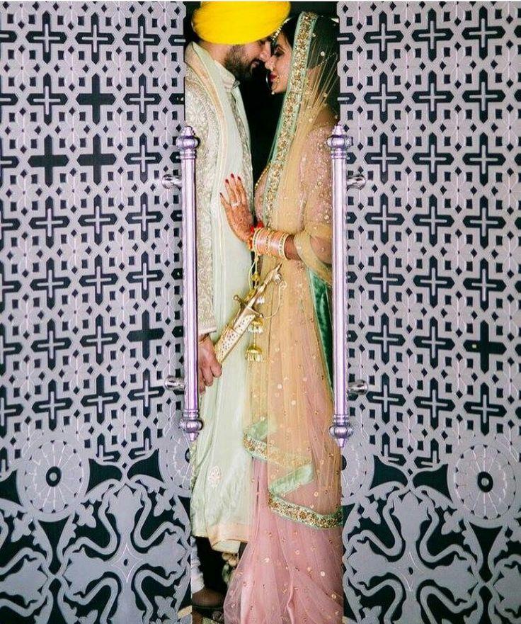 Wedding Bride and Groom #bridal #beautifulbridallook #weddingphotography Pinterest: @reetk516