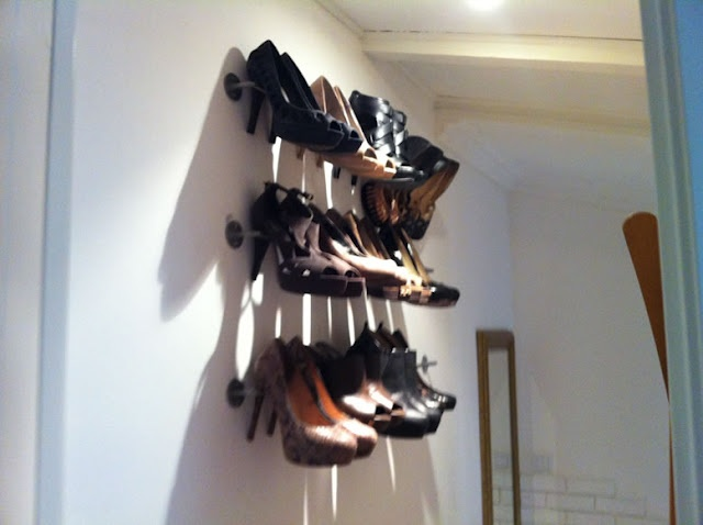 Use IKEA Bygel Kitchen rail for dressy shoe storage - ONLY $1.99 eachIkea Kitchen, Shoes Hangers, Towels Racks, Shoes Organic, Ikea Hacks, Shoes Storage, High Heels, Ikea Hackers, Shoes Racks