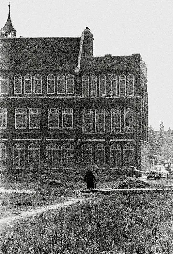 Weaver's Fields, 1959 An old lady walks across a bombsite in Bethnal Green | Tom Claridge's People on the Street