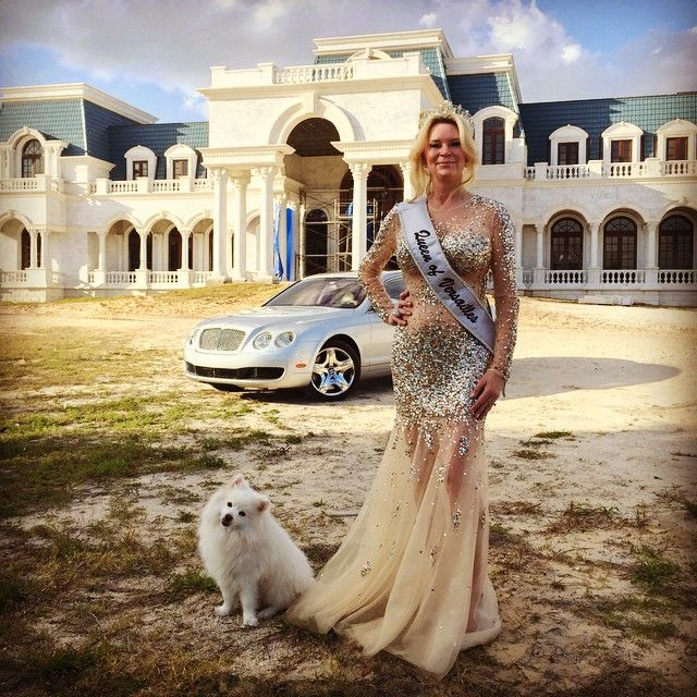 """143 Likes, 29 Comments - Jackie Siegel (@jackiesiegelusa) on Instagram: """"Photoshoot at Versailles with one of my babies!"""""""