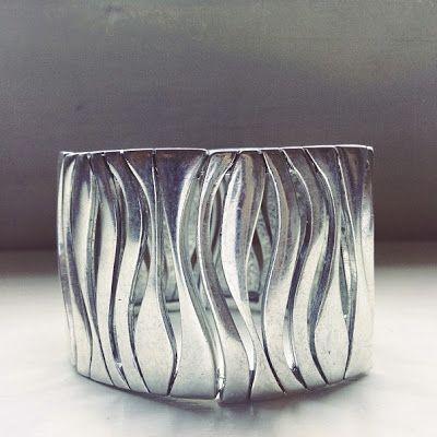 the lovelee girl: 365 - Zebra Bracelet by Premier Designs #jewelry
