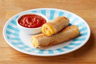 Essayez cette variante amusante du sandwich au fromage fondant classique. Cette recette est si facile à préparer que même les enfants peuvent mettre la main à la pâte!