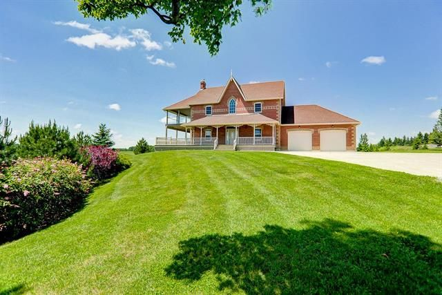 UXBRIDGE (ON) Calling for all horse lovers. This premier equestrian eventing facility is located on a 138.95 acres land. 22 box stalls, 2 dressage rings and a cross country course. Suitable For Any Horse Training, Breeding,Boarding Or Racing Venture! Going for just $2,999,999!! http://www.century21.ca/Property/100877148