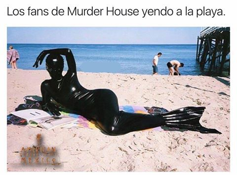 fans of murder house going to the beach