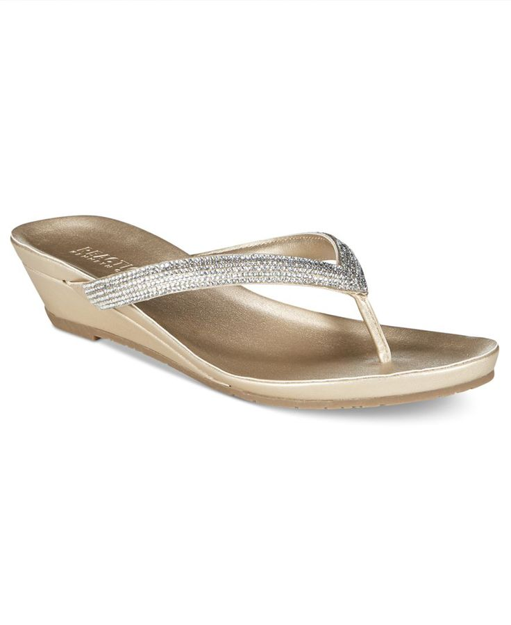 Kenneth Cole Reaction Great Time Thong Wedge Flip Flops