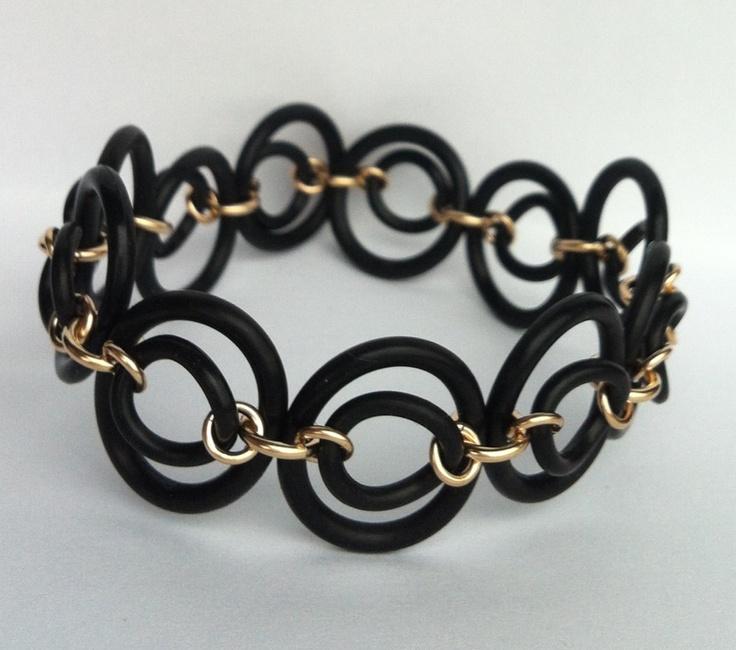 Bracelet, rubber and goldfilled