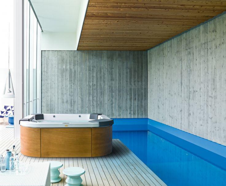 die besten 25 whirlpool jacuzzi ideen auf pinterest jacuzzi whirlpool outdoor jacuzzi wanne. Black Bedroom Furniture Sets. Home Design Ideas