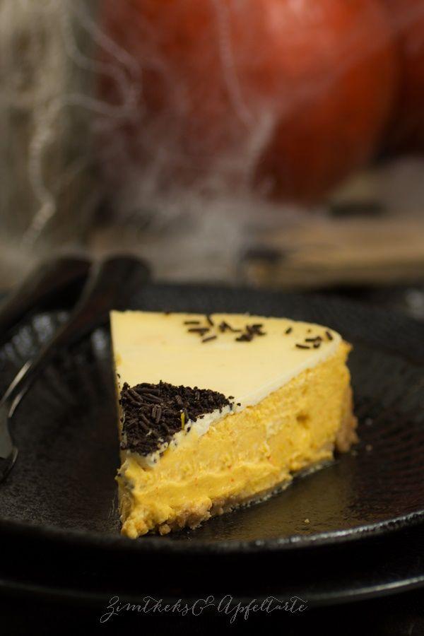 Booooh! Kürbis-Cheesecake mit Schmand-Topping - Pumpkin-Cheesecake with Sourcream-Topping