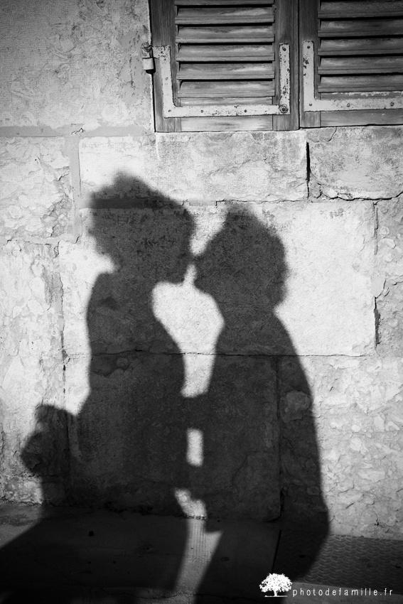 le baiser par photo de famille