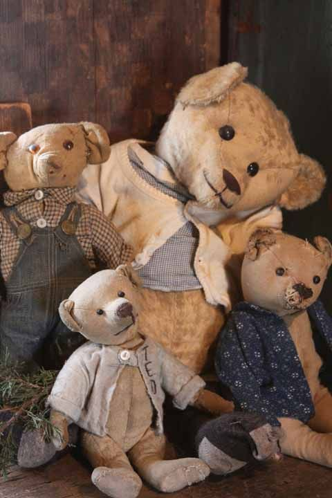 Some of my early bear...... www.arnettscountrystore.com: