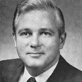 """Louisiana Governor Edwin Edwards served four terms in the 70s 80s and 90s. Boasted that the only way he would lose an election was if caught in bed with """"either a dead girl or a live boy"""" #history #historylesson #historian #historygeek #historynerd #historynerds #historyteacher #histed #historybuff #historyclass #historylover #historical #historia #fact #facts"""