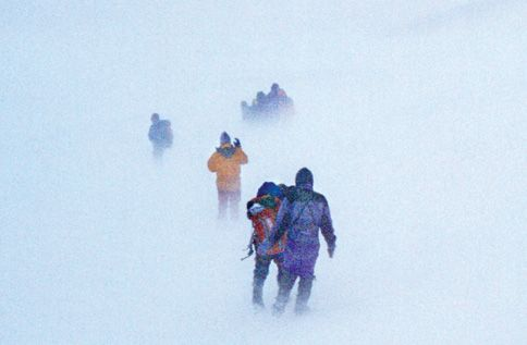 Whiteout: 1996 May. Credit: original Photo by Ed Viesturs. National Geographic Magazine - This Day in History: May 10, 1996: Death on Mount Everest http://dingeengoete.blogspot.com/