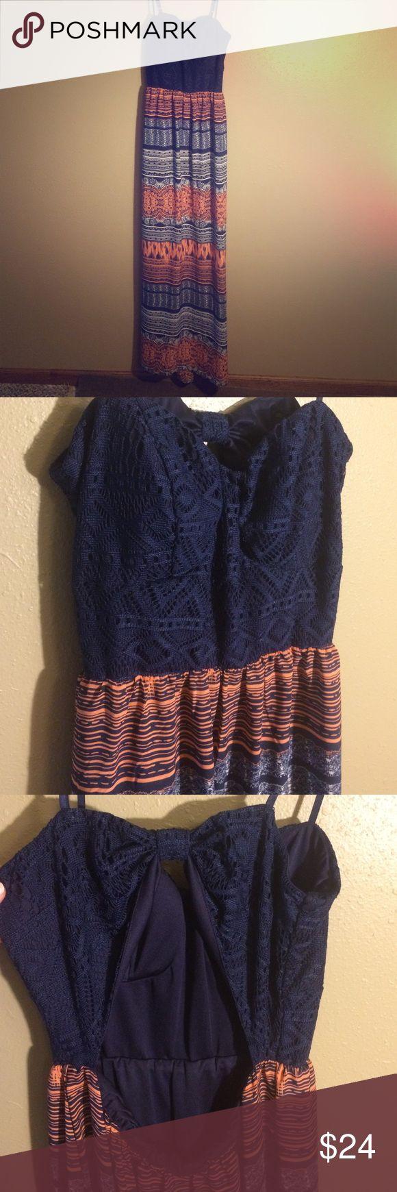 Navy blue chiffon Aztec maxi dress Navy blue chiffon Aztec maxi dress. Keyhole back. Elastic waist Dresses Maxi