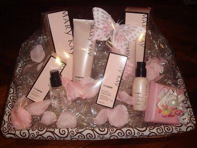 Cestas de cosméticos Mary Kay para bodas,despedidas de soltera, cumpleaños etc.