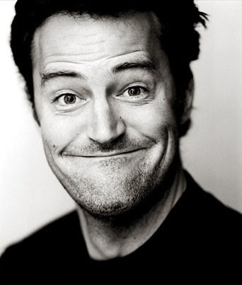 Matthew Perry -- Who doesn't love Chandler Bing's sarcasm !!