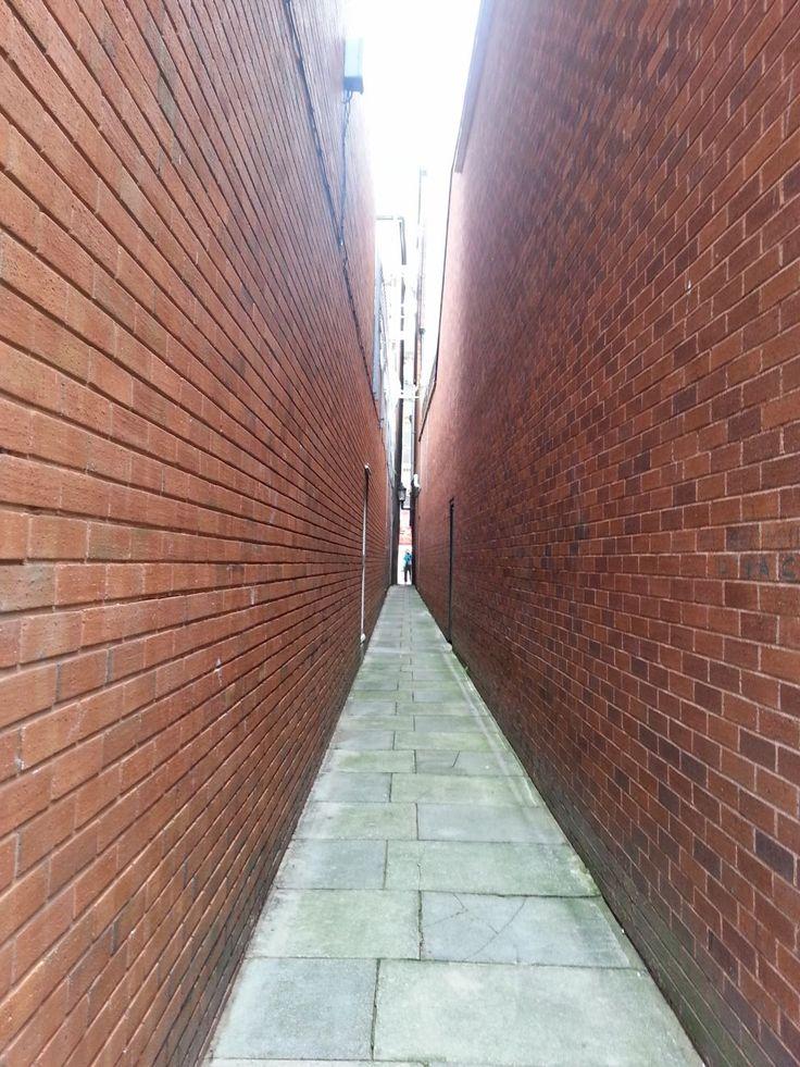 Exeter, Parliament Street ... snad nejužší ulička, co jsem viděla