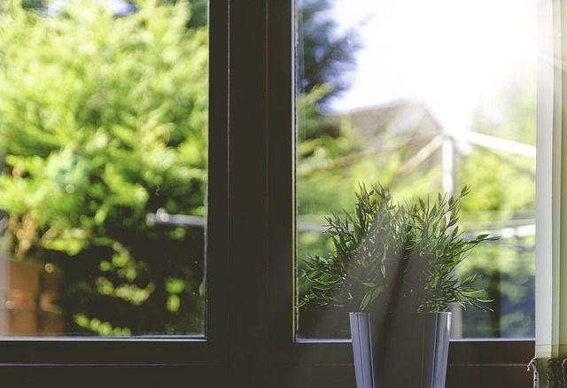 Údržbě oken by ste měli věnovat čas minimálně jednou ročně. Přečtěte si jak na to.  https://www.slovaktual.cz/sluzby-zakaznikum/nastaveni-a-udrzba/