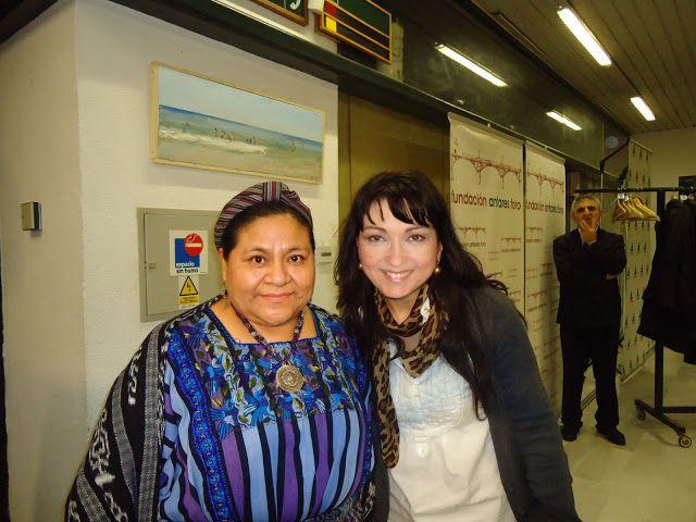 Rigoberta Menchú ama la #moda #solidaridad http://tupersonalshopperviajero.blogspot.com.es/2011/01/rigoberta-menchu-believes-in-fashion.html