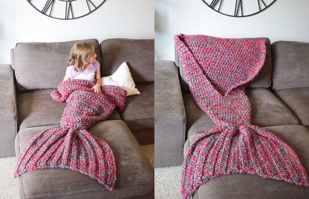 Melanie Campbellcria diversos cobertores feitos à mão em formato de cauda de sereia. Para adultos e crianças se divertirem no inverno!