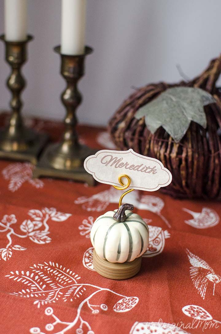 Thanksgiving Place Card Holders and Place Cards using Silhouette Sketch Pens    unOriginalMom.com
