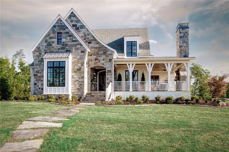 Best 25 southern living house plans ideas on pinterest for Cottage style homes greenville sc
