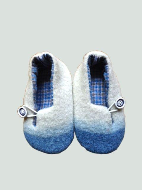«chausson laine bouillie et indigo» (22,00 €)