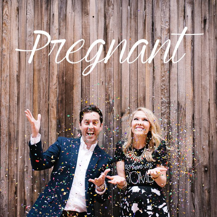 Throw some confetti, y'all! A Pregnancy Announcement shoot from The Southern Style Guide