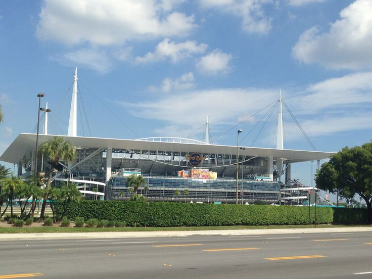 17 Best Images About Stadiums In America On Pinterest Milwaukee Brewers Parks And Dodger Stadium