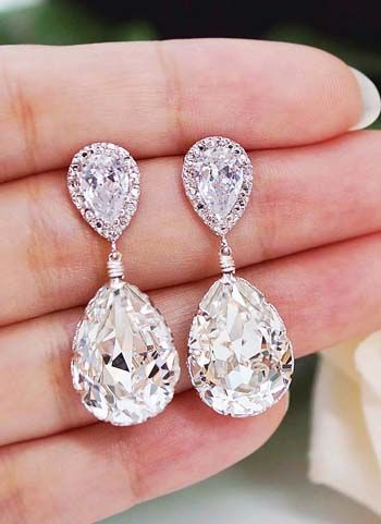 Swarovski Crystal Bridal Earrings from EarringsNation Great Bridesmaid gifts