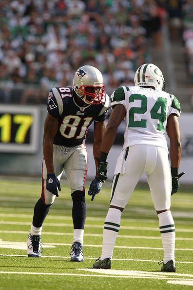 darrelle revis | Darrelle Revis and Randy Moss Photos - New England Patriots v New York ...