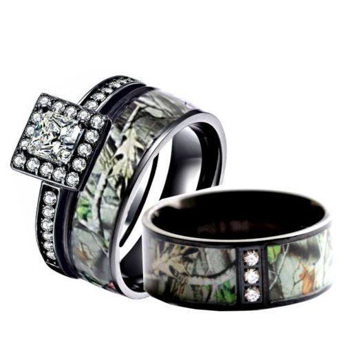 Cute His u Her us Camo Engagement Wedding Ring Set Black Forest Camo Bands Black