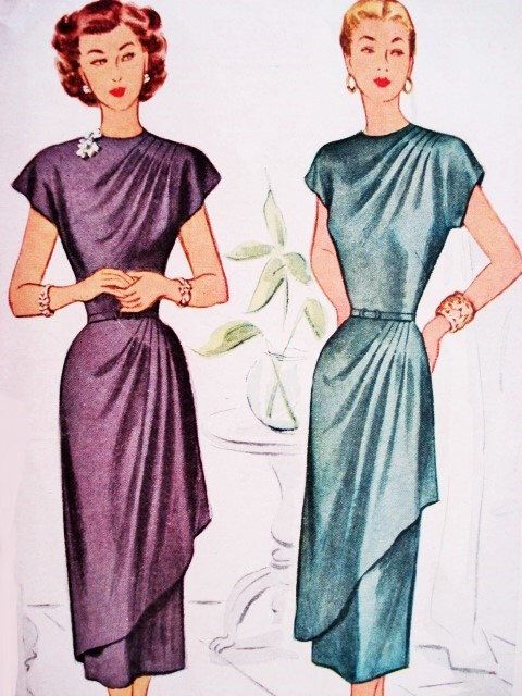 40s Cocktail Party Evening Dress Pattern Film Noir Style McCall 7436 Vintage Sewing Pattern Asymmetrical Draped Front Bust 30 di SoVintageOnEtsy su Etsy https://www.etsy.com/it/listing/215029256/40s-cocktail-party-evening-dress-pattern
