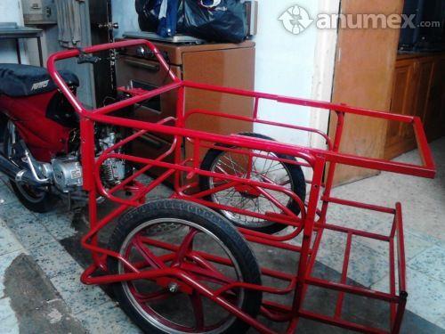 Triciclo para carga con moto de italika, sin adeudo 110cc