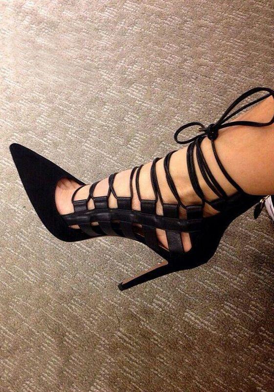 Black Point Toe Stiletto Cross Strap Fashion High-Heeled Shoes