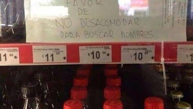 ¡Basta! Oxxo está harto de que desacomoden latas de Coca Cola para buscar nombres