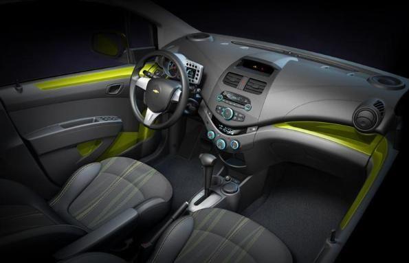 Chevrolet Spark 2010 interieur