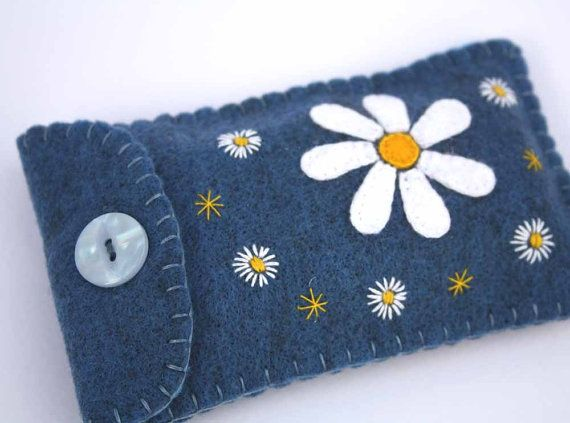 Handmade phone case Blue daisy i pod cover by PuffinPatchwork, $21.00