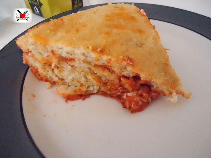 Focaccia ripiena con pomodoro mozzarella e origano