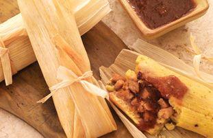 Tamales au poulet et Sauce Katsu piquante
