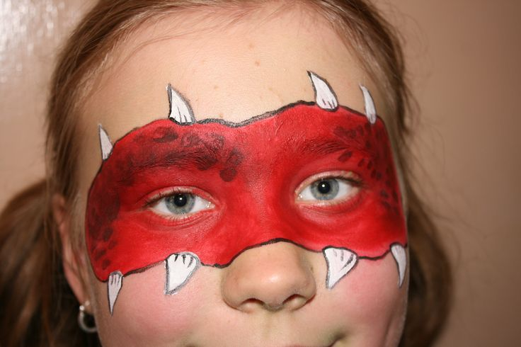 Facepaint by Jane Trolle. Monster girl.