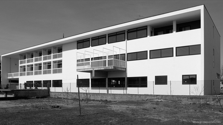 Centro civico integrato a Liscate   facade www.arcoassociati.com