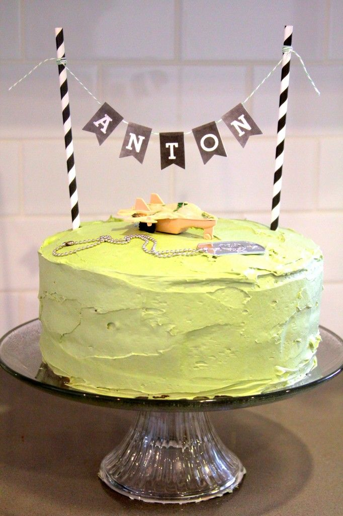 free printable camouflage birthday party invitations%0A diy army cake  camo cake inside  Free printable  az  chalkboard bunting
