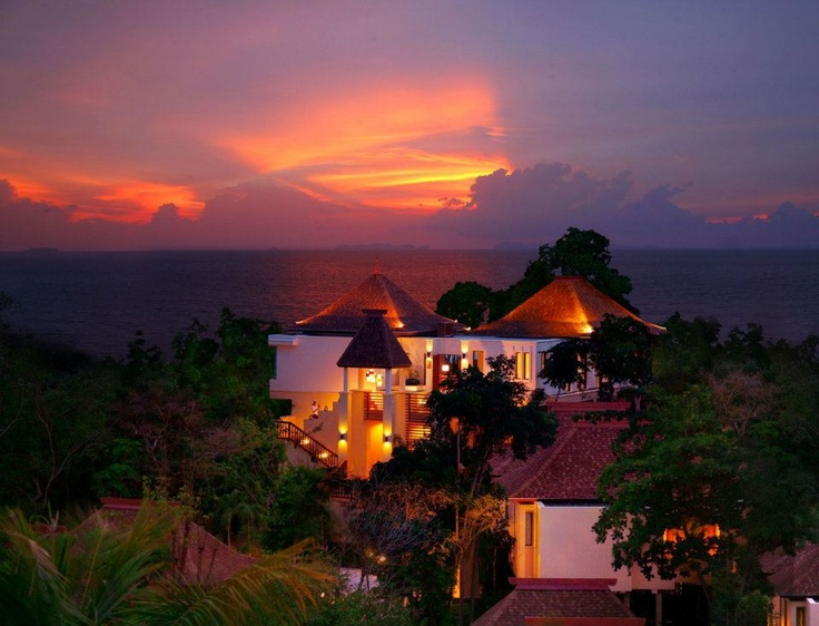 The Crown Lanta Resort & Spa