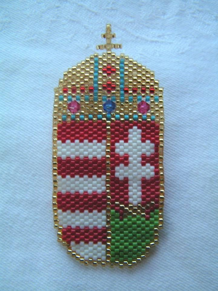 Hungarian coat of arms brooch with swarovski crystals -- I made this brooch at the request of a former colleague of mine.  Width: 3.5 cm Height: 7 cm