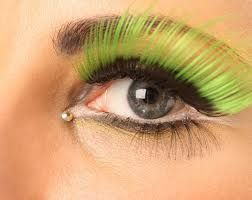 green eyelashes<3