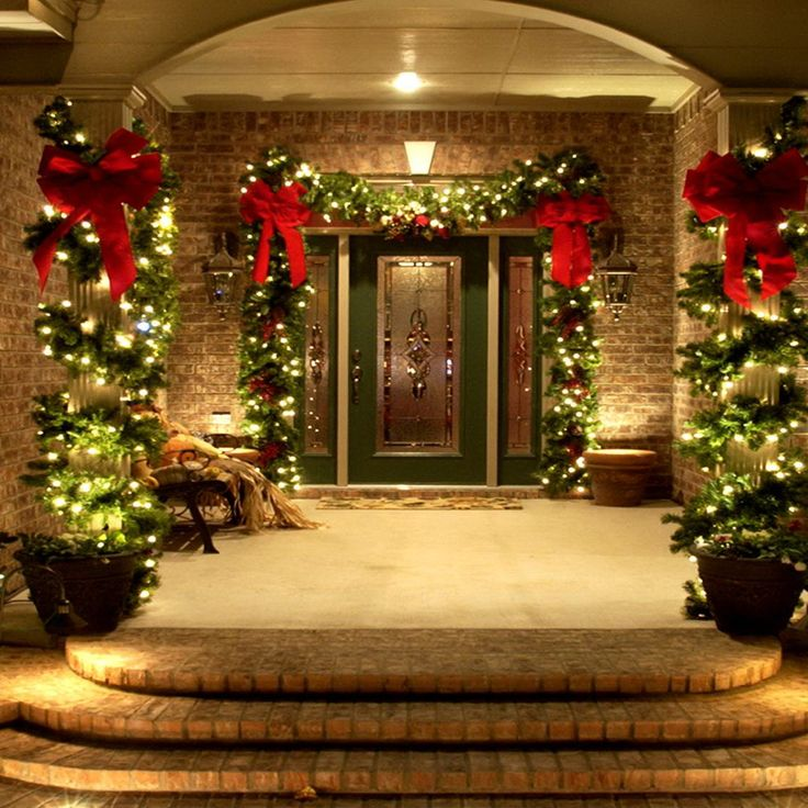 46 beautiful christmas porch decorating ideas christmas pinterest christmas christmas decorations and outdoor christmas - Front Door Christmas Decorations Ideas