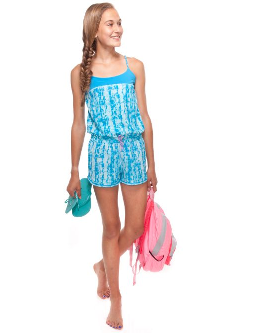 loose–fit and elastic waist make this the perfect piece to transition from dance camp to dockside | Breeze By Romper