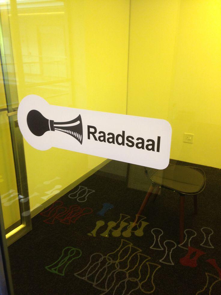 Board room / Raadsaal - yellow tinted glass