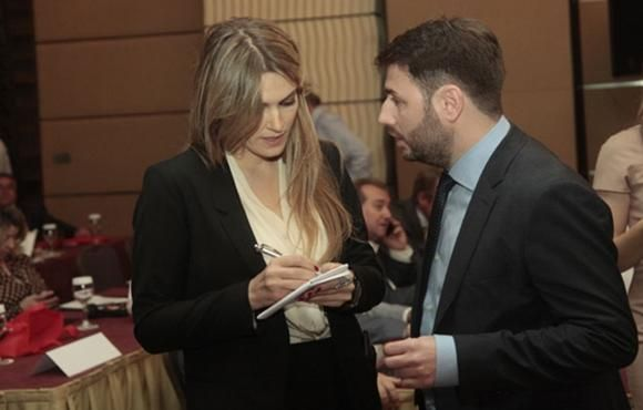 mini.press: Η απομόνωση του ΠΑΣΟΚ στην Ευρωβουλή