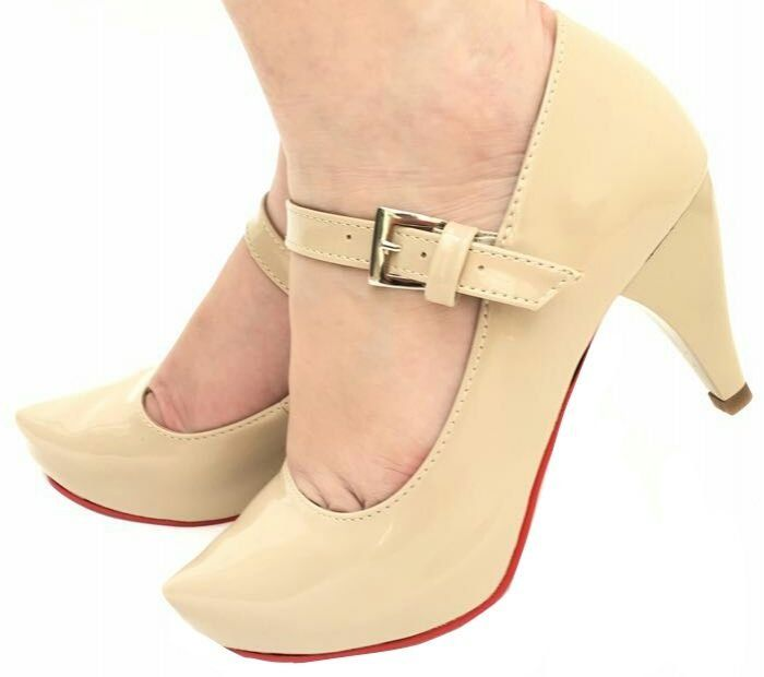 a47c18928 Scarpin meia pata tubarao verniz pera / sola vermelha   DIVA CALÇADOS    Shoes, Clogs e Flats